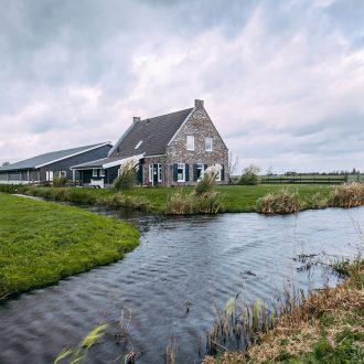 Woning met stal te Ouderkerk aan den IJssel